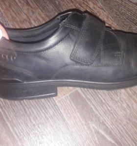 Обувь в отличном состоянии!