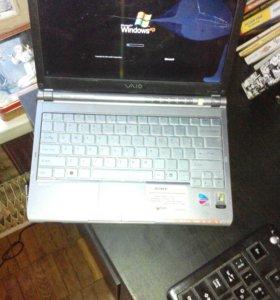 Раритетный портативный ноутбук Sony