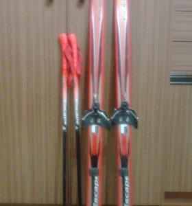 Лыжи 130 см с креплениями для ботинок + палки