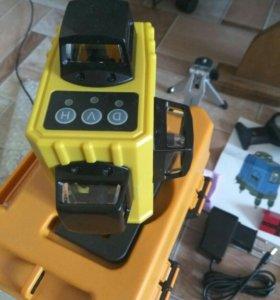 Лазерный уровень нивелир 3D