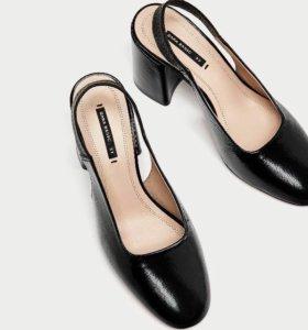Новые Zara 39 Кожаные Босоножки