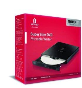 Портативный пишущий DVD привод Iomega Super Slim