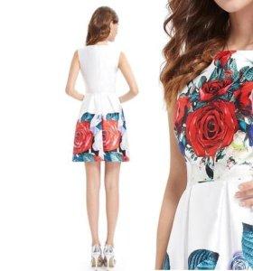 платье с принтом S размер