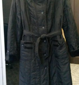 Пальто с капюшоном на флисе р-р 50-52