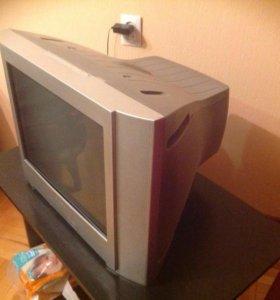 Продам многофункциональный телевизор Sony trinitro