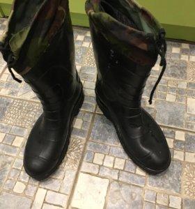 Резиновые сапоги 42-43 размер