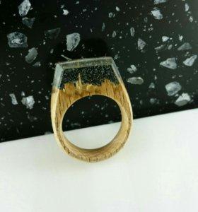 Кольцо из эпоксидной смолы и дерева Бука