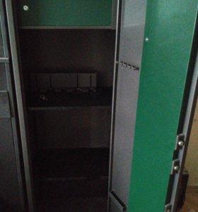 Оружейный сейф SAFEtronics MAXI-5IN