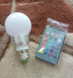 Светодиодная лампочка с пультом упр.для измен.цвет