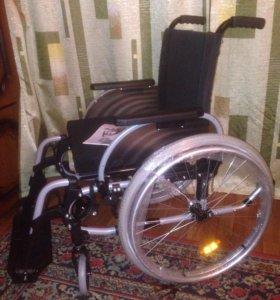 Кресло-коляска инвалидная.Новая!