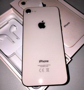Продам iPhone 8 gold 64gb