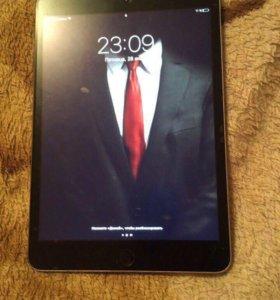 Обменяю iPad 3 mini и iPhone 6 Plus
