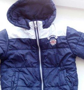 Продам детскую курточку осень-весна