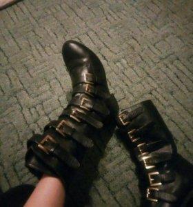 Ботинки 36