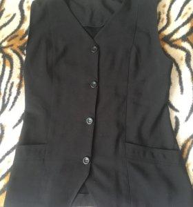 Безрукавый пиджак