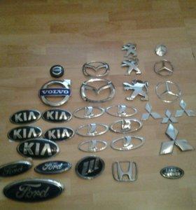 Эмблемы автомобилей.