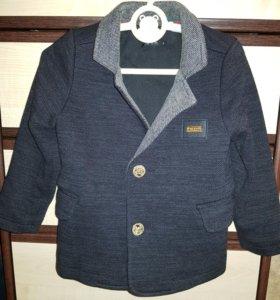Пиджак на мальчика размер 5
