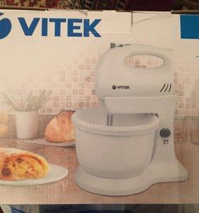 Миксер Vitek