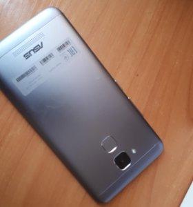 Смартфон Asus ZenFone 3 MAX ZC520TL 5.2 32 Gb Grey