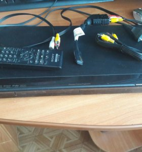 DVD плеер Sony DVP-NS718H
