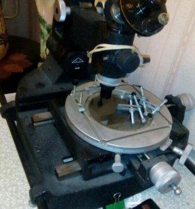 Большой Инструментальный микроскоп