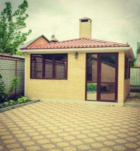 Дом, 1000 м²