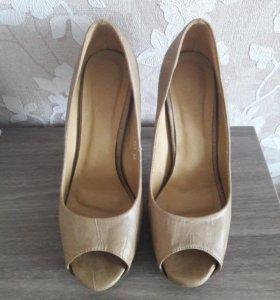 Туфли 39 размера