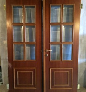 Дверь распашонка