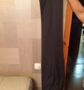 Тёмно-серый костюм