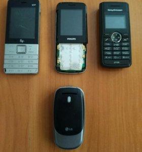 Телефоны 4 шт. Неисправны