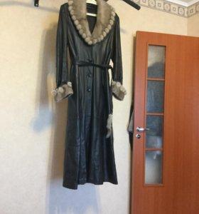 Пальто кожаное с норковым воротником