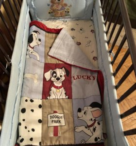 Детская кроватка с маятником и ящиками