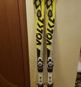 Горные лыжи Volkl Racetiger SC UVO + xMotion 11.0