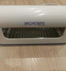 Ультрофиолетовая лампа для сушки ногтей