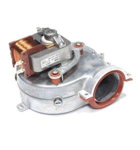 Вентилятор Ariston Egis 24 кВт (65104357)
