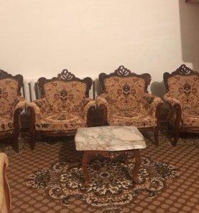 Холл 4 кресла и диван