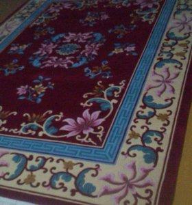 Вьетнамский ковёр, 3*5 на 2*5 в хорошем состоянии