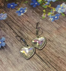 Серьги сердечки с кристаллами swarovski