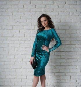 Бархатное платье. Новое.