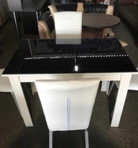 Столы со стеклянным покрытием