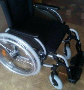 Инвалидная коляска в упаковке