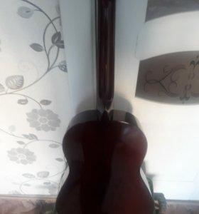 Гитара для детей.