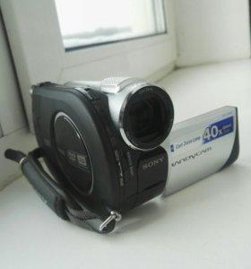 Видеокамера Sony DCR-DVD108E