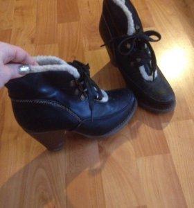 Ботинки 36 разм