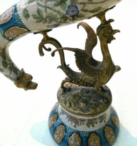 Фарфоровая ваза Рог с бронзой, 58см