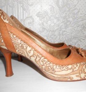 Туфли новые, Италия