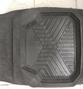 Набор ковриков автомобильных,резиновых