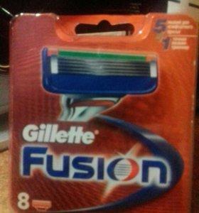 GILLETTE Cменные кассеты для бритья FUSION 8шт+🎁
