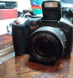 Полупрофессиональный фотоаппарат Canon