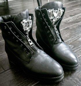 Зимние ботинки Bassiriana